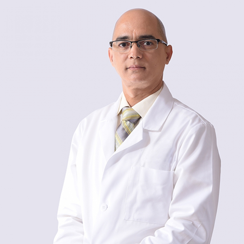 Dr. Félix Carrasco